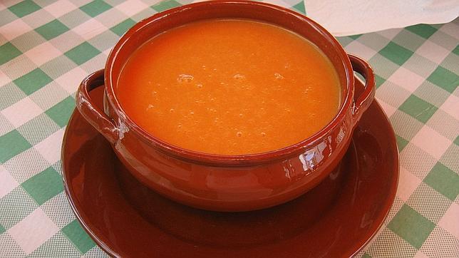 Once platos tradicionales españoles para combatir el calor