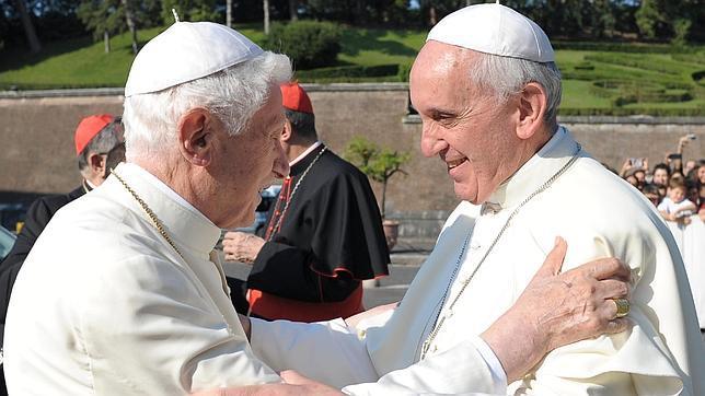 El Papa Francisco proclama en su encíclica «Lumen fidei» que «la fe no es intransigente»