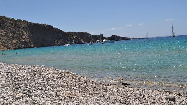 Diez playas Ibiza para gozar del verano