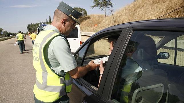 Lesionados medulares madrileños concienciarán a los conductores en los controles de alcoholemia