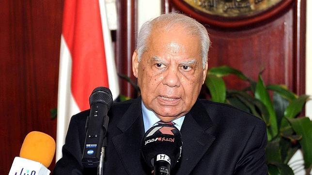 Un economista liberal, nombrado nuevo primer ministro de Egipto
