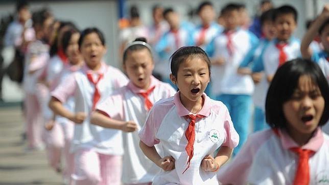 China prohíbe los deberes para los escolares de entre 6 y 8 años