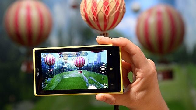 Una foto promocional del Nokia Lumia 1020