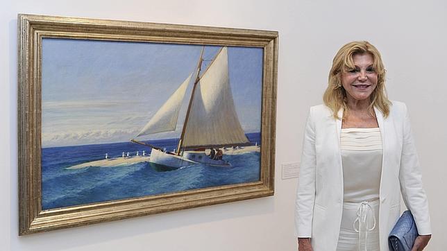 Carmen Thyssen, junto al velero «Martha McKeen» de Hooper, la estrella de la exposición