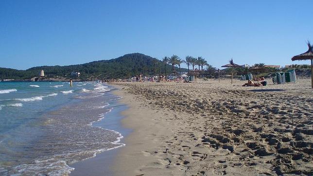 Los destinos de playa más baratos y más caros de España