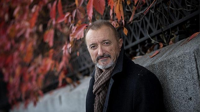 Pérez-Reverte paga la multa de 210.000 euros por el plagio de la película «Gitano»
