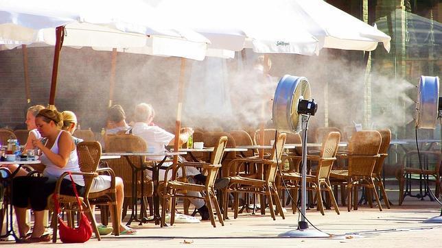 La legionela, un riesgo en la climatización de bares y terrazas