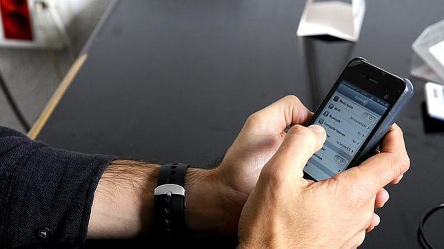 La ONU ha alertado de las vulnerabilidades que se producen en los teléfonos móviles