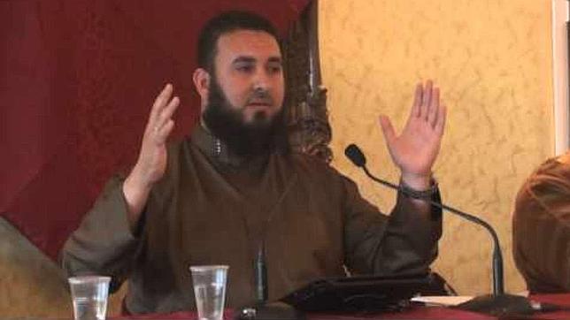El estudioso del Corán que llama en Ceuta «fornicadoras» a las mujeres con perfume