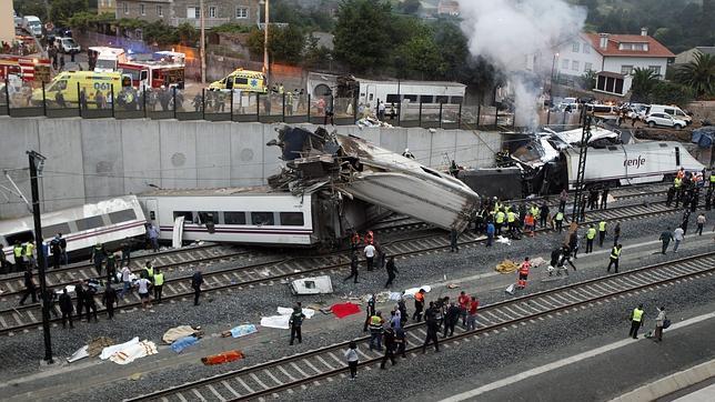 Accidente de tren en Santiago: el conductor resulta herido leve