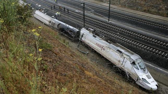 Accidente de Santiago: «Que la velocidad fuera mayor de la permitida no significa que tuviera que descarrilar»