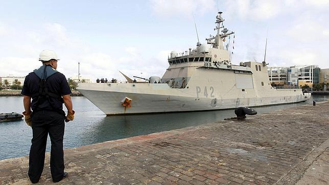 El buque «Rayo» vuelve a Las Palmas tras seis meses de lucha contra la piratería