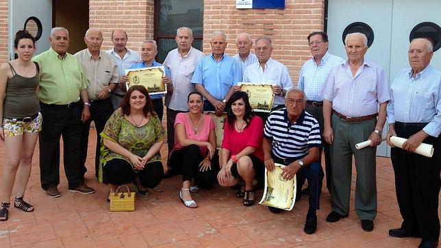 Homenaje a los abuelos en corral - Corral de almaguer fotos ...