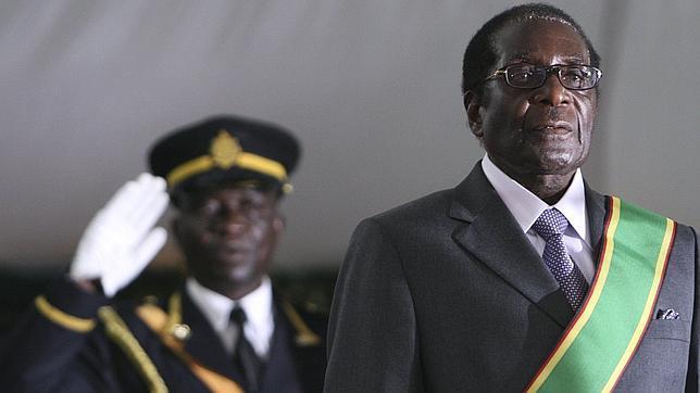 Robert Mugabe, el hombre que no quiso ser Nelson Mandela