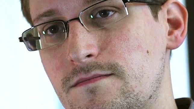 EE.UU. promete que no torturará ni condenará a muerte a Snowden si Rusia lo entrega