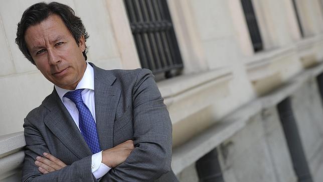 Floriano: «Rajoy se ha engrandecido al admitir su error con Bárcenas»