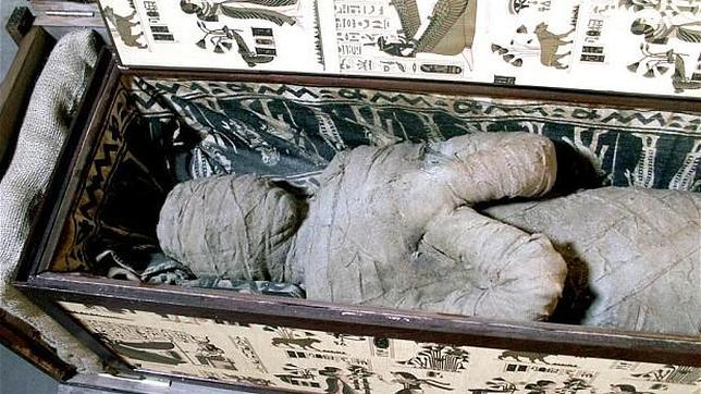 Un niño encuentra en un ático de Alemania una supuesta momia egipcia