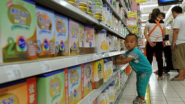 China estudia propuestas para relajar la política del hijo único