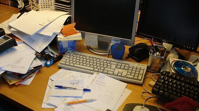 Qu tiene que ver el desorden con la creatividad taringa for Oficinas para buscar trabajo