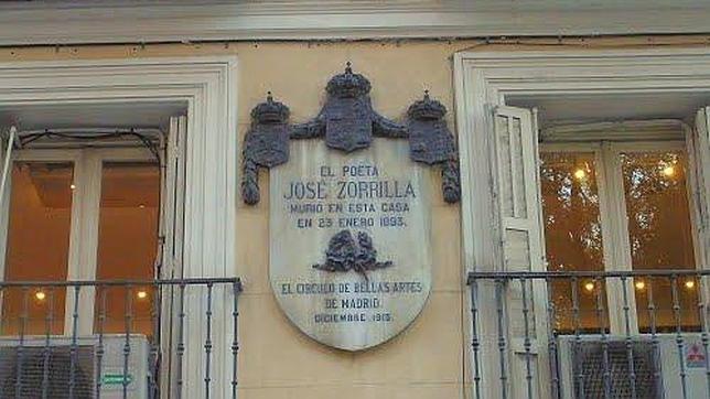 La antigua vivienda de José Zorrilla tiene en la fachada una placa que recuerda al escritor