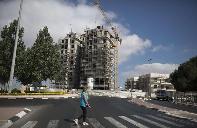 La aprobación de Israel de 942 viviendas nuevas en asentamientos hace peligrar las negociaciones
