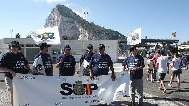 La Guardia Civil expresa su repulsa a las incitaciones a su acoso en Gibraltar