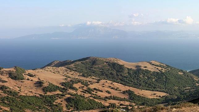 Frica al alcance de la mano desde el mirador del estrecho for Mirador del mediterraneo