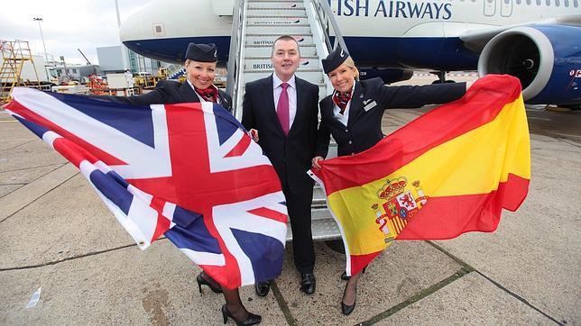 IAG anuncia un pedido en firme de 62 aviones para Vueling y ninguno para Iberia