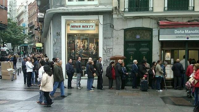 «Doña Manolita» ya vende veinte billetes de Lotería de Navidad al día