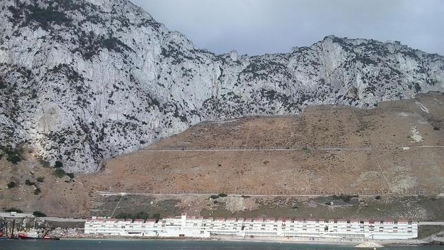 Gibraltar construye un espigón para proteger su parte oriental
