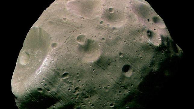 El Curiosity graba un eclipse de la luna más grande de Marte