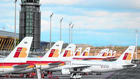 Aviones de Iberia en la Terminal 4 de Barajas