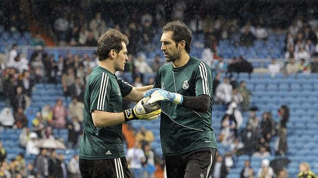 Ancelotti deja a Casillas en el banquillo ante el Betis