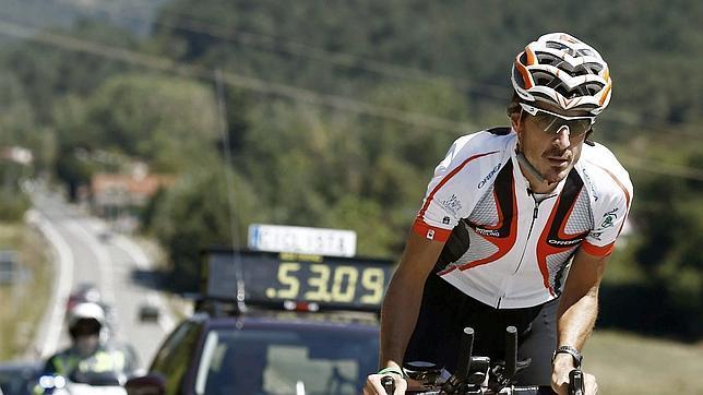 Roncesvalles-Santiago en 25 horas en bicicleta, nuevo récord del Camino