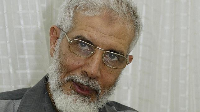 Mahmoud Ezzat, el «hombre de hierro», asume el mando de los Hermanos Musulmanes