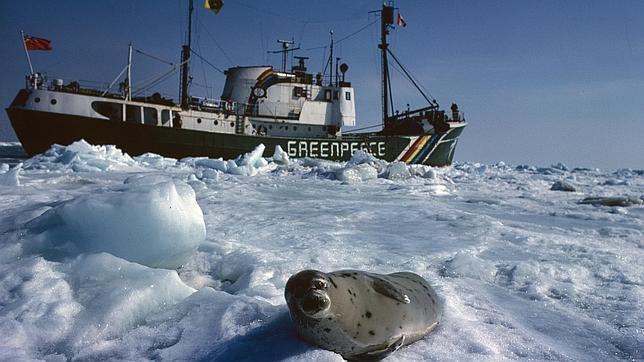 Rusia impide el acceso a la ruta marítima del Norte al rompehielos de Greenpeace
