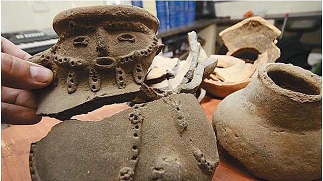 Destrozan en Bolivia una pieza arqueológica milenaria