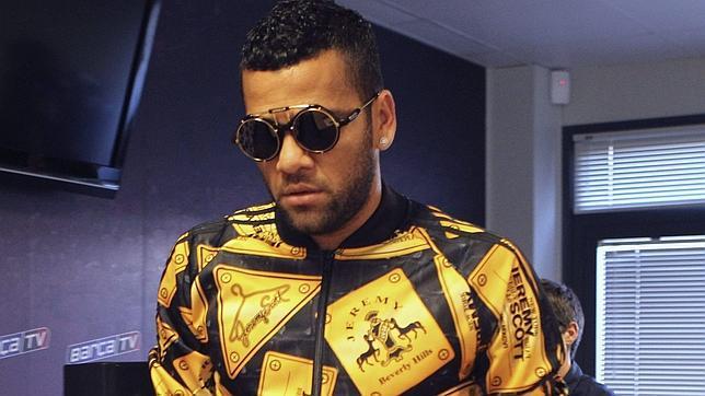 Alves...y sus nuevos pantalones... Alves-dani-efe--644x362