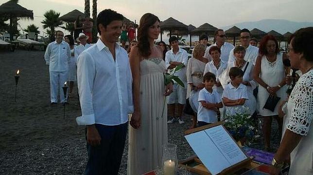 Andrés Caparrós se casa en secreto