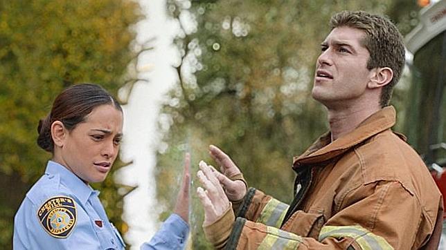 Antena 3 estrena el próximo lunes la exitosa serie «La Cúpula», basada en la novela de Stephen King