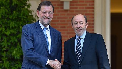 Rajoy y Rubalcaba en La Moncloa