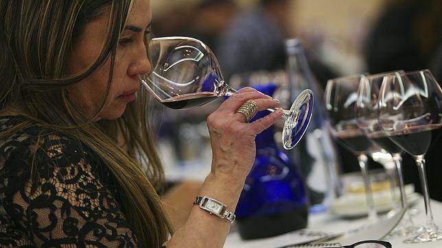 Una copa de vino al día, el mejor protector frente a  la depresión