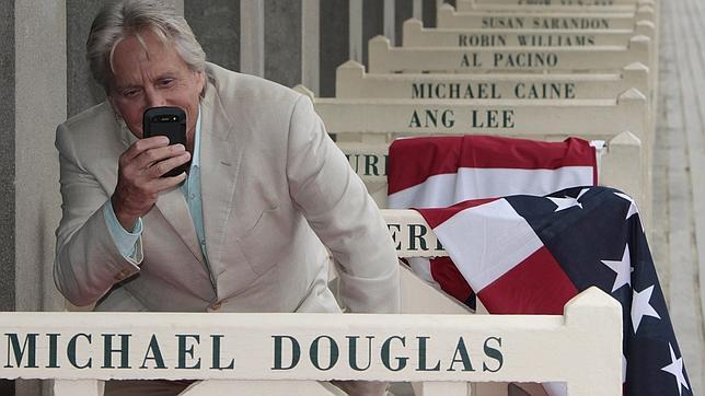 Douglas: «Hollywood toma muchos menos riesgos que hace dos décadas»