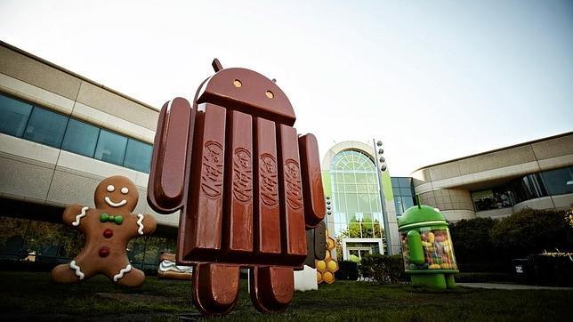La chocolatina KitKat que inspiró a la nueva versión de Android parodia a Apple