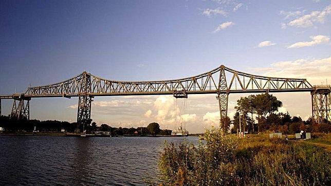 Los ocho raros y bellos puentes transbordadores que quedan en el mundo