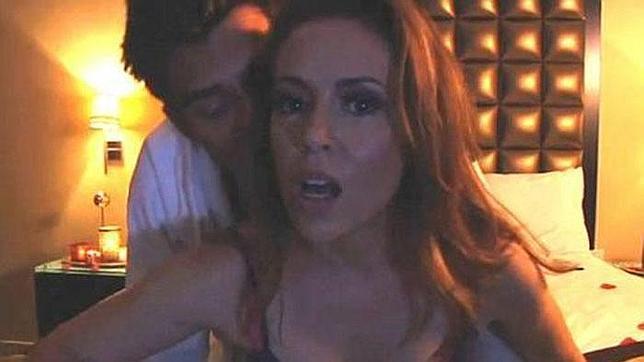 Triunfa en internet el vídeo «porno» de Alyssa Milano