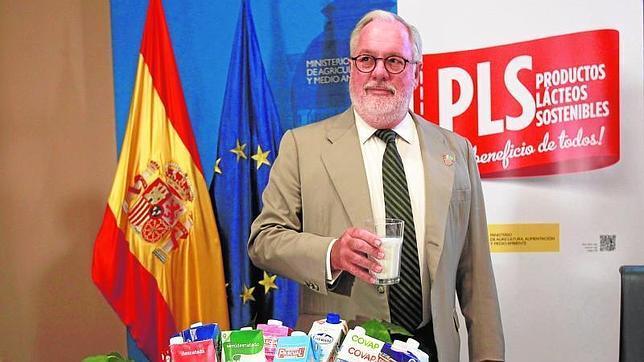 Un sello «made in Spain» para garantizar el origen de la leche española