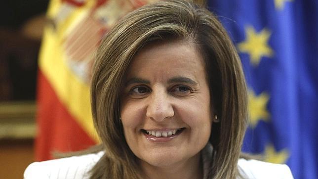 Báñez asegura que España está más cerca de salir de la crisis y de crear empleo