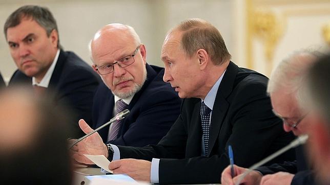 Putin califica de «agresión» un eventual ataque a Siria sin el permiso de la ONU