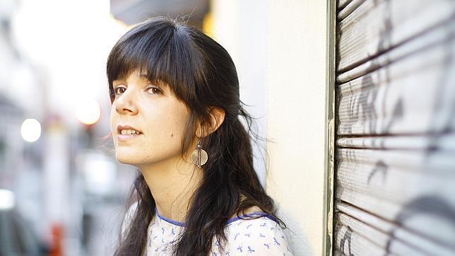 La autora sevillana Lara Moreno